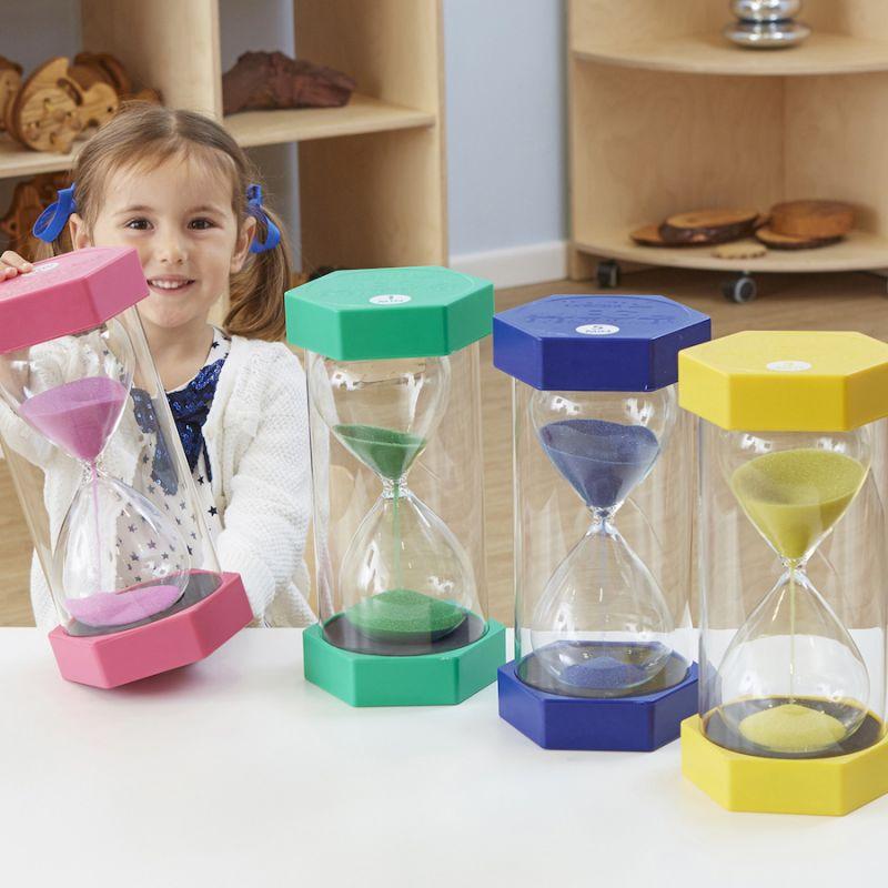 Didieji smėlio laikrodžiai (5 min.)