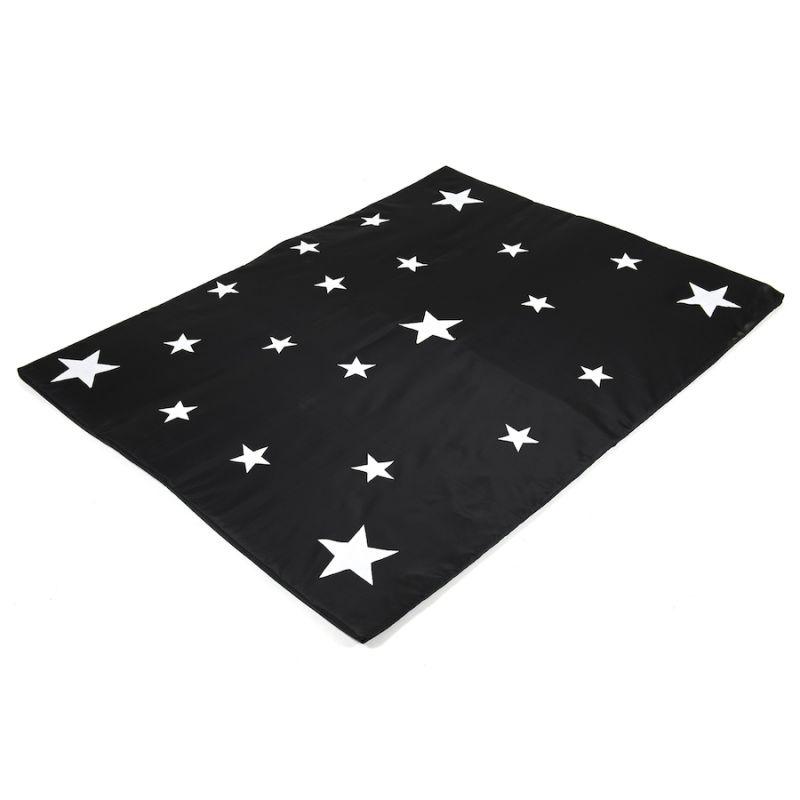 Tamsoje šviečiantis žvaigždžių kilimas