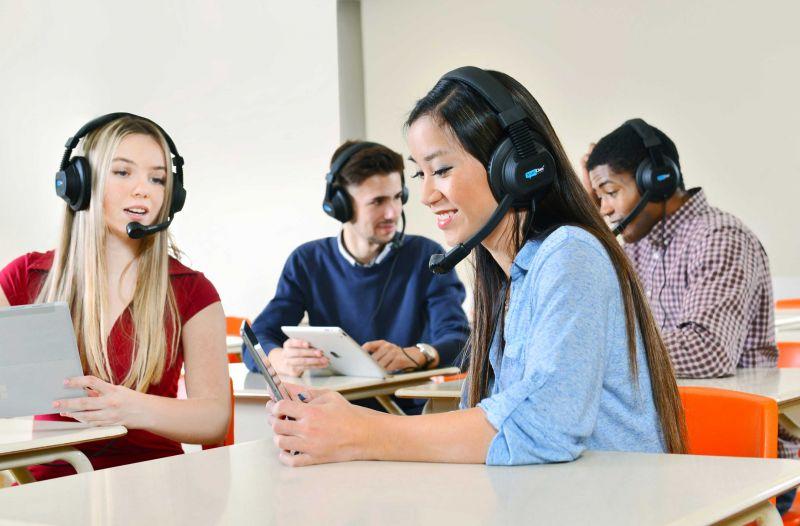 """""""SmartClass+"""" kalbų mokymo(si) laboratorija"""