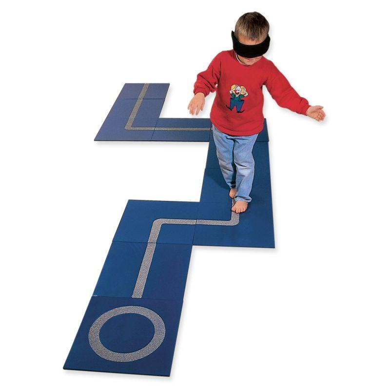 Taktilinis takelis-labirintas