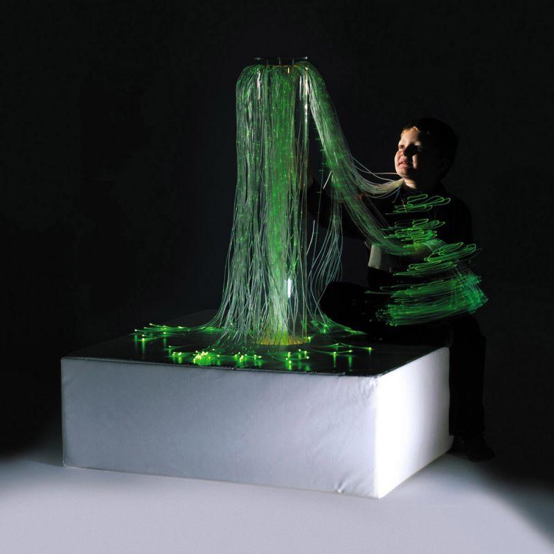 Mobilus šviesos pluoštelių fontanas