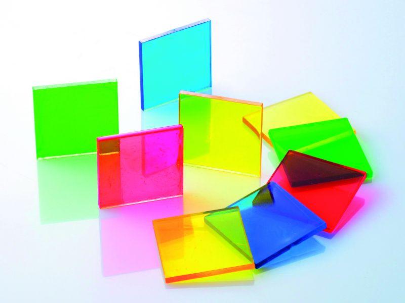 Spalvingi kvadratukai