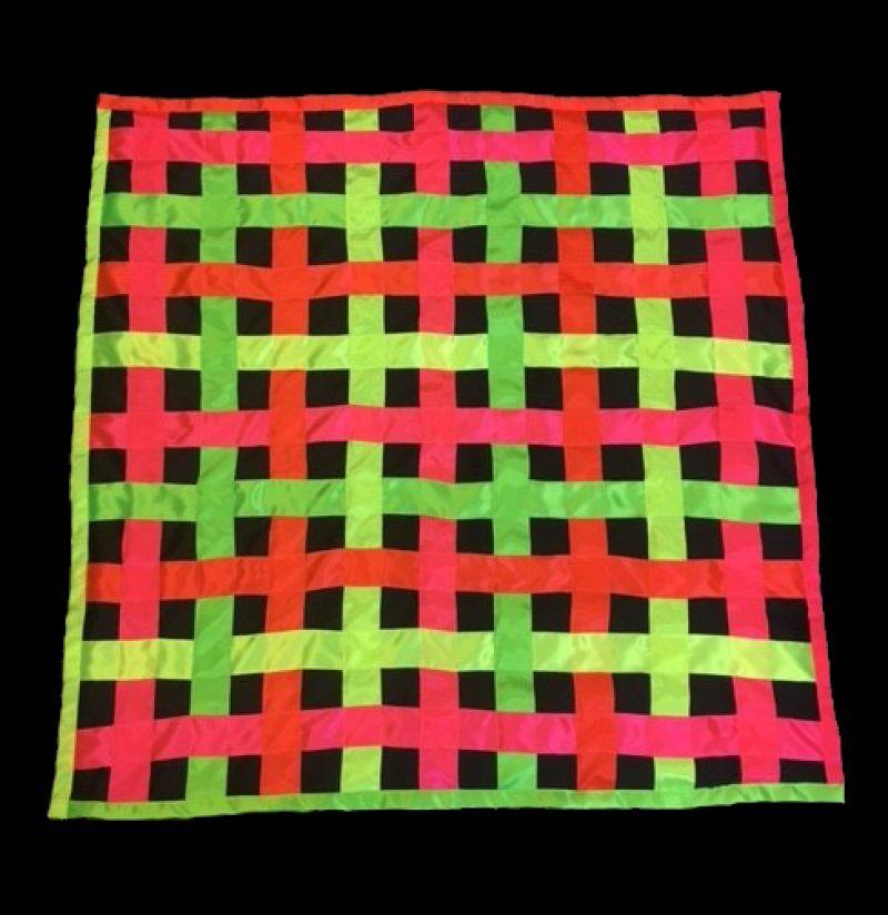 Tamsoje šviečiantis UV kilimėlis